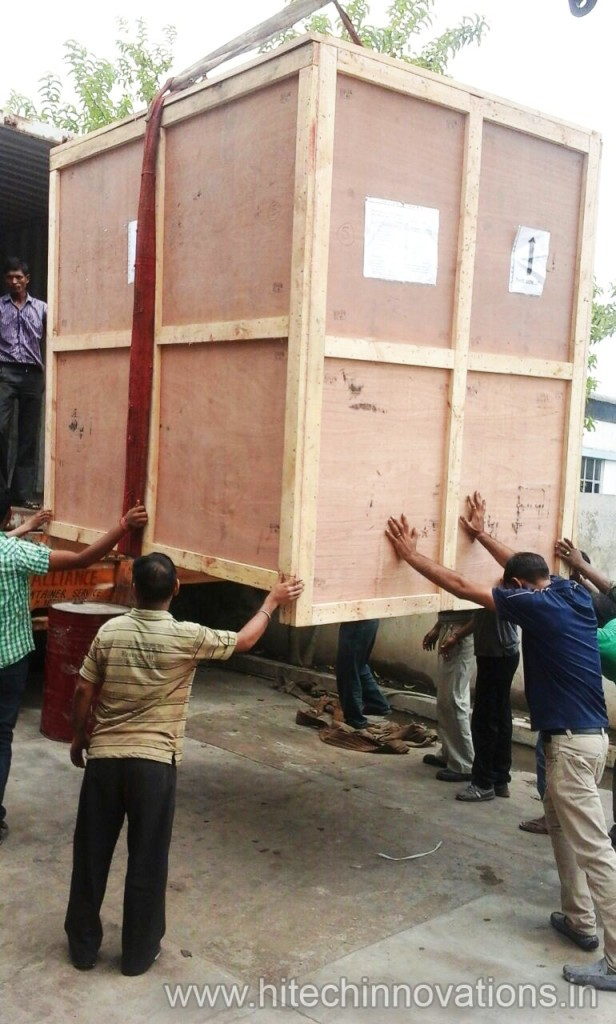 Conforming to International Standards Wooden Transit Packing Cases Boxes Being Loaded On Truck