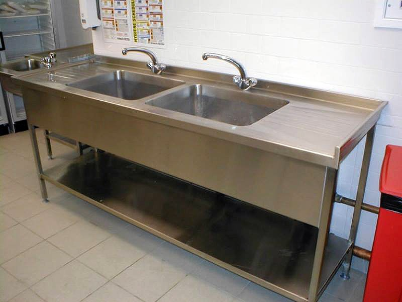 Multiple Tub Commercial Kitchen Sink