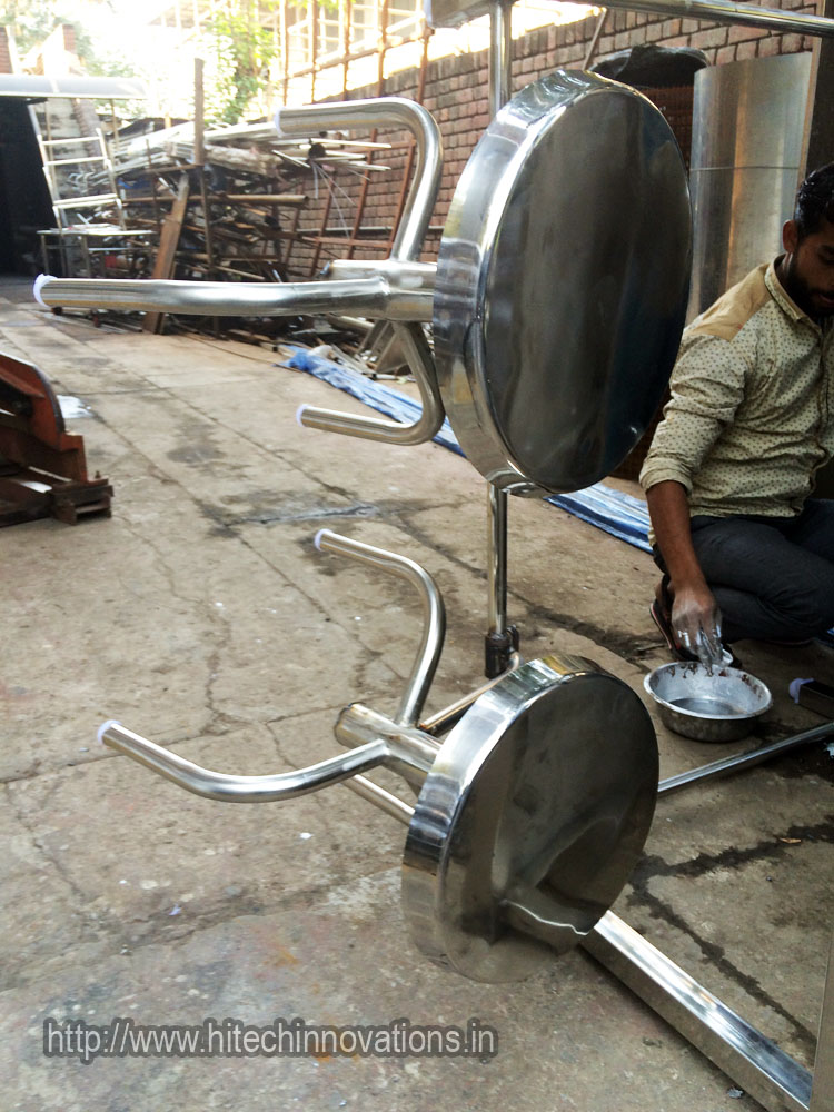 Canteen Tables Chairs Inspection Tables Manufacturer At Best Price In India Hitech Innovations