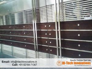 Designer Steel Gate with Wood (Code 03-1482016)