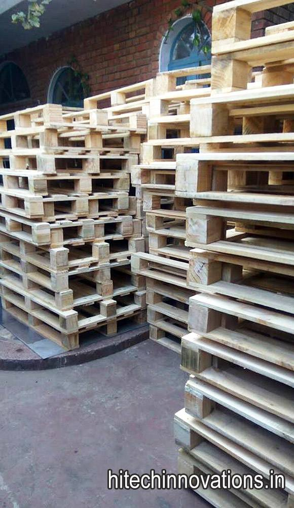 Wooden Pallets ready for exports at our factory