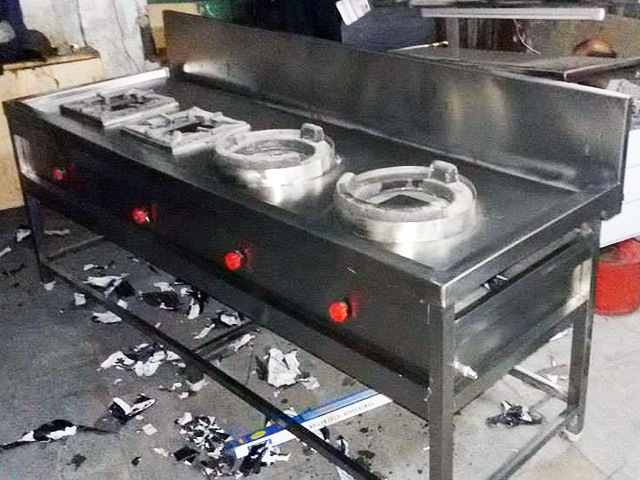 Four Burner Range Being Made