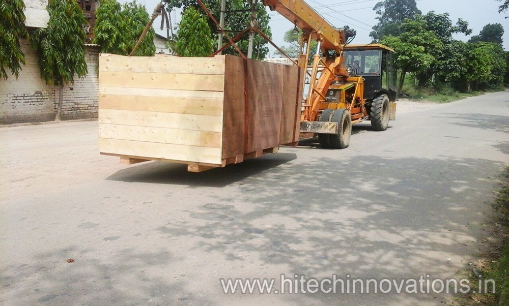 Heat Treated Wooden Transit Packing Case Box and Export Products Lifted By Crane