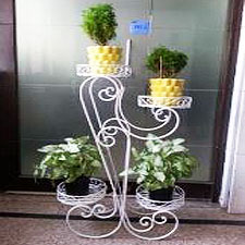 Four-Tier-Stand-Planters