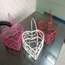 Heart-Shape-Basket-Planters