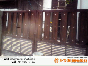 Iron Gate with Wood (Code 05-1482016)