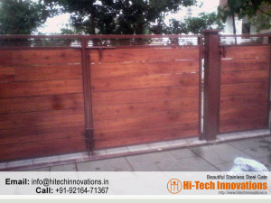 Iron Gate with Wood (Code 06-1482016)